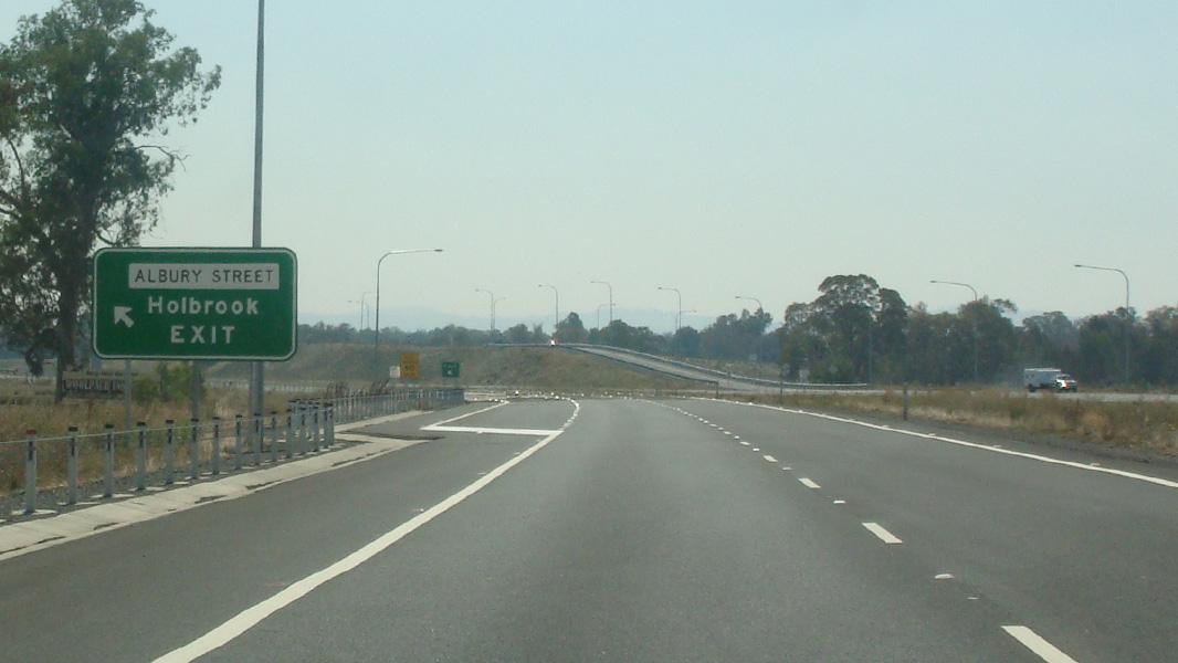 Road Photos & Information: Hume Motorway & Hume Highway (M31