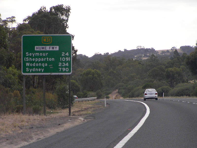 How far is broadford from melbourne